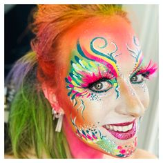 Schminke von Ingrid Breugelmans Sôkkertantes Make-up - Famous Last Words Maquillage Halloween, Halloween Makeup, Body Painting Festival, Adult Face Painting, Fantasy Make Up, 40 And Fabulous, Face Painting Designs, Cute Faces, Face Art