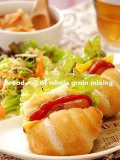 「全粒粉配合 ロールパン」いたるんるん | お菓子・パンのレシピや作り方【corecle*コレクル】