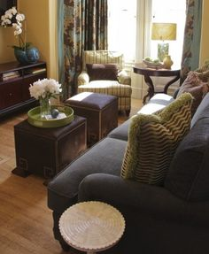 8 Tips for Decorating a Small Living Room -  www.forgiehomestaging.com