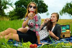 Best friends having a picnic