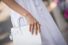 How to wear all-white (one of our fave summer trends!) everywhere this summer, c/o @z0eweiner: http://glmr.me/1phxtkZ pic.twitter.com/fDXitKgw6x