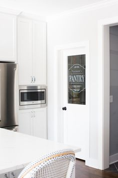 New painted pantry door ideas benjamin moore Ideas Painted Pantry Doors, Glass Pantry Door, Glass Doors, Pantry Design, Kitchen Design, Kitchen Ideas, Kitchen Organization Pantry, Pantry Room, Refrigerator Organization