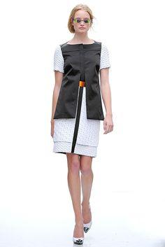 Pringle of Scotland Spring 2012 Ready-to-Wear Collection Photos - Vogue
