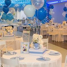 Diy unique baby shower ideas for boys 12 - Free Life Style Baby Shower Table, Boy Baby Shower Themes, Unique Baby Shower, Baby Shower Fun, Baby Shower Balloons, Baby Shower Gender Reveal, Shower Party, Baby Shower Parties, Baby Shower Decorations