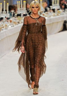 Chanel Pre-Fall 2012 - Runway Photos - Fashion Week - Runway, Fashion Shows and Collections - Vogue