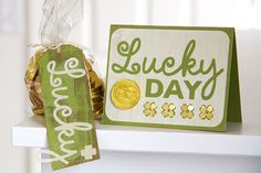 Lucky Day card and tag with Real Birch wood https://etcpapers.com/2015/03/02/lucky-day-card-tag-real-birch-wood/
