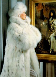 Lynx fur Add me, Pin it, Share it! Fur Fashion, Winter Fashion, Fabulous Furs, Vintage Fur, White Fur, Style Guides, Mantel, Faux Fur, Vintage Fashion