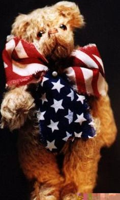 20 Free Patterns to Sew Your Own Teddy Bears: Fremont, The Yankee Doodle Bear  designed by Cynthia Allen Farabee