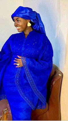 African Dresses For Women, African Attire, African Fashion Dresses, Professional Wear, Caftan Dress, African Design, Sweet Girls, Glamour, Black Queen