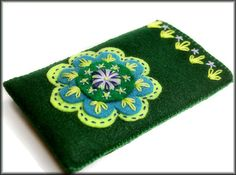 Ipod / Iphone / cell phone case cozy felt hand by KimimilaArt