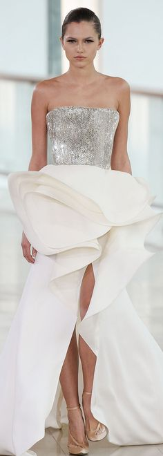 Stéphane Rolland Couture S/S 2015. A perfect example of the beauty of  simplicity.
