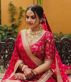 Indian Bridal Photos, Indian Bridal Outfits, Indian Bridal Fashion, Indian Bridal Wear, Lehenga Designs, Pink Bridal Lehenga, Wedding Lehnga, Pink Lehenga, Wedding Dresses