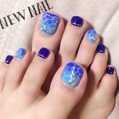 Crazy Nails, Love Nails, My Nails, Pedicure Nail Art, Manicure, Blue Pedicure, Pedicure Ideas, Nail Polish Art, Toe Nail Art