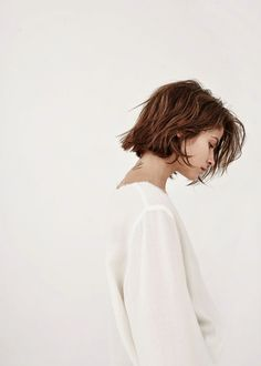 her // hair goals // messy wavy hair Short Bob Hairstyles, Cool Hairstyles, Medium Hairstyles, Hairstyle Short, Hairstyles Haircuts, Pixie Haircuts, Hairstyle Ideas, Braided Hairstyles, Wedding Hairstyles