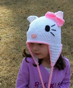 Hello Kitty Hat! bet my sister could whip one of these up for a little niece!