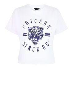 Crop top blanc imprimé Chicago Tiger | New Look