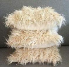 almohadon nordico piel sintetica importada pelo extra largo Concept, Pillows, Verona, Ideas Para, Decorating Ideas, Crafts, Decorations, Throw Pillows, Make Pillows