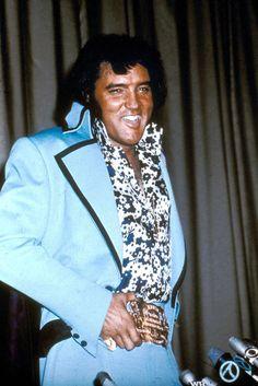 Elvis Presley performing in 1971.