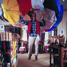The Umbrella Shop: still family owned, since 1935, it's Canada's only domestic manufacturer of umbrellas! Three wonderful shops in Vancouver.