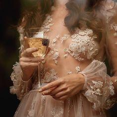 Backless Lace Applique Beach Wedding Dress Illusion Bohemian Wedding Dresses Court Train Plus Size Bridal Gowns Cafe Coton, Pink Lila, Princess Aesthetic, Fancy, Mode Inspiration, Marie, Flower Girl Dresses, Girls Dresses, Glamour