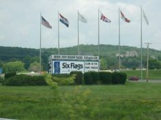 Six Flags St. Louis | six flags st louis antes conocido como six flags over mid america 1971 ...