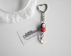 Llavero con muñeca geisha, cristal y corazón de concha #keychain #geisha #heart #handmade #accesories