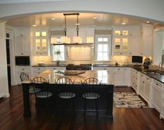 Traditional Kitchen Design, Pictures, Remodel, Decor and Ideas - page 5
