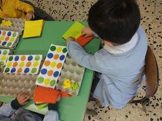 Coding con le scatole delle uova alla scuola dell'infanzia. - Paidea Montessori, Reggio Emilia, Pixel Art, Coding, Education, Children, Bari, Young Children, Boys