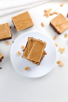 This Low Carb Chocolate Peanut Butter Brownie recipe is low-sugar, gluten-free, keto-friendly and only has 7.2g NET CARBS!