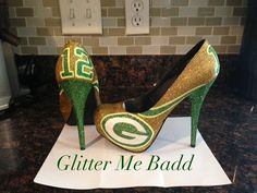 Um what? I might faint. Packers Green and yellow Glitter Heel with number #gopackgo