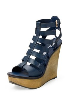 Wedges: Rise Above - Elle