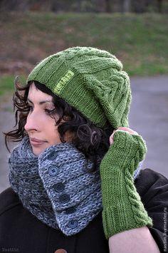Варежки, митенки, перчатки ручной работы. Ярмарка Мастеров - ручная работа. Купить Вязаная зеленая шапочка с рельефными узорами. Handmade.