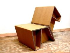 Corrugated cardboard chair by Chairigami