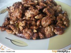 Ořechy v karamelu