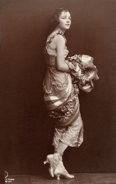 Irene Castle (popular ballroom dancer) by Ira L. Hill, 1914