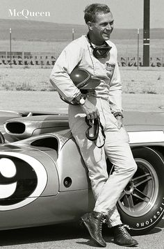 Steve McQueen and his Lola at Riverside Raceway in Riverside, California Le Mans, Steve Mcqueen Bullitt, Steve Mcqueen Cars, Steeve Mac Queen, Riverside Raceway, Steve Mcqueen Style, Steven Mcqueen, Classic Hollywood, Hollywood Stars