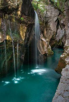 Waterfalls in Velika Korita gorge on river Soca, Slovenia (by jernej).