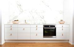 Kjøkkeninspirasjon - Hvitt kjøkken i tre - Metro