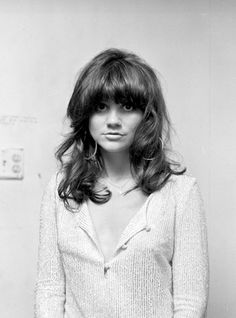 Linda Ronstadt's   love that voice!