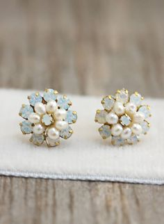 New Delicate Freshwater Pearl and Crystal Opal Flower Post