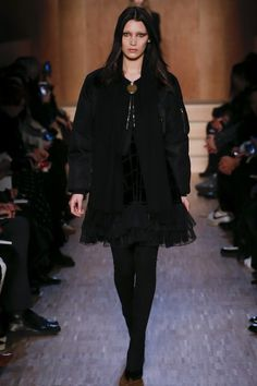Givenchy Fall 2016 Ready-to-Wear Collection Photos - Vogue