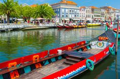 Aveiro Half Day Private Tour from Porto - The Venice of Portugal - Including Moliceiro River Cruise A half-day tour will let you see why Aveiro is known as the Venice of Portugal. Despite having only three canals in the city centre, Aveiro is charming enough to become a life-long memory for those who visit it. You will also have the chance to pop over to the Costa Nova beaches and discover the typical coloured fishermen's houses.We leave your hotel in Porto and head south. Sta...