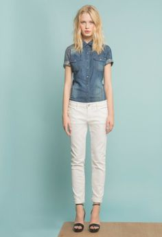 da16c556727 10 Stylish Outfit Ideas for How to Wear White Jeans  What to Wear With White