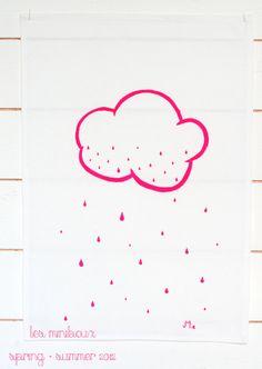 Torchon Jour de Pluie - Torchon peint à la main - Nuage Rose fluo - Prêt à expédier. €18,00, via Etsy.