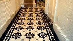 The Chic Technique: London Mosaic - Edwardian Period Reproduction Ceramic Tiled Hallway Tiles Design For Hall, Hall Tiles, Tiled Hallway, Edwardian Hallway, Edwardian House, 1930s Hallway, Victorian Tiles, Victorian Terrace, Victorian Flooring