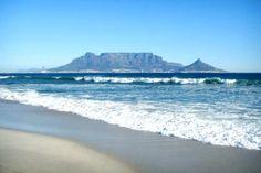 Kapstadt: Geheimtipps eines Einheimischen Travel Around The World, Around The Worlds, Coffee Places, Cape Town South Africa, Table Mountain, Africa Travel, Wonders Of The World, Travel Inspiration, Surfing