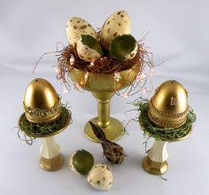 Bird's Nest Easter centerpiece. #decoartprojects