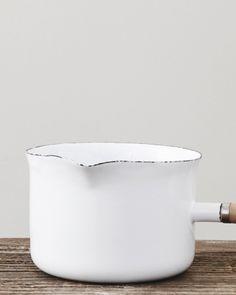 Enamel Milkpan | Nyheter | Artilleriet | Inredning Göteborg