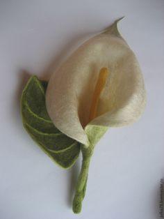 Калла - белый,калла,брошь из войлока,брошь цветок,украшения ручной работы