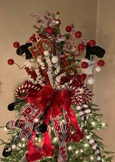 New Ideas Rustic Christmas Tree Topper Fun Diy Christmas Tree Topper, Elf Christmas Tree, Diy Tree Topper, Types Of Christmas Trees, Whimsical Christmas, Beautiful Christmas Trees, Etsy Christmas, Tree Toppers, Rustic Christmas